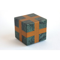 Cube (Green / Orange)