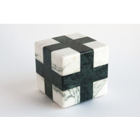 Cube (White / Green)