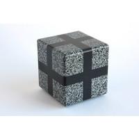 Cube (Grey / Black)