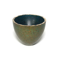 Patinated Bronze Crucible [22107]